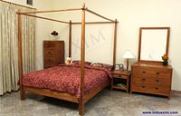 Cheval Bed Set
