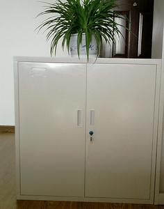 Offer Filing cabinet