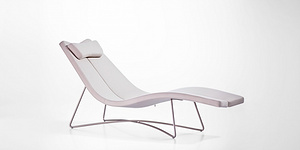 DB9613 Lounge Chair
